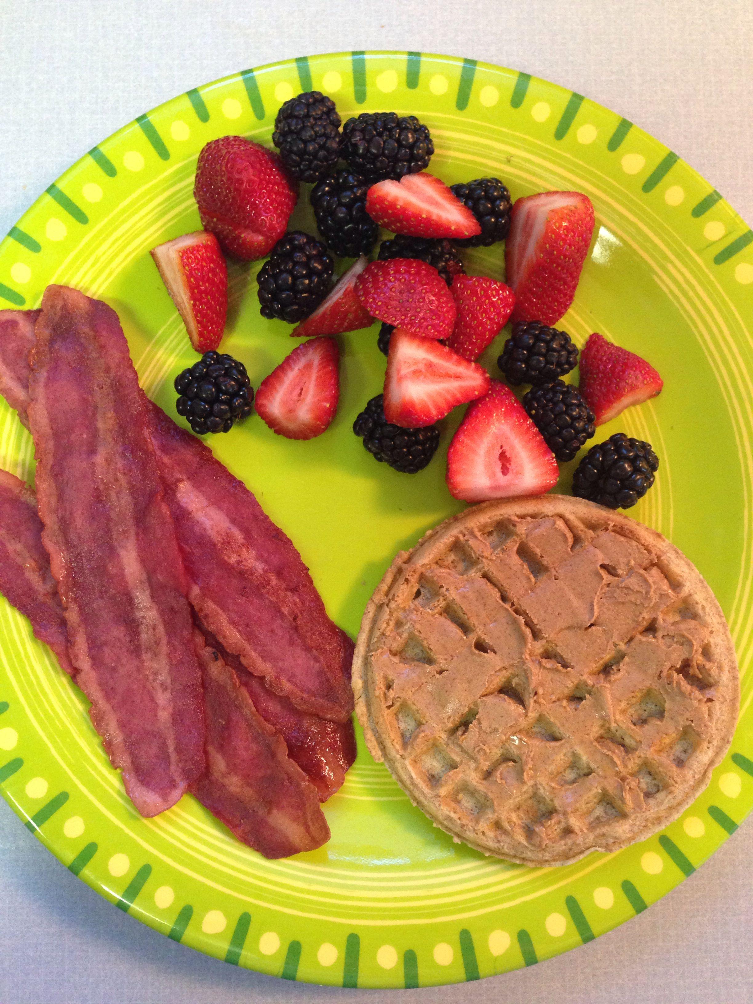 21 DAY FIX - breakfast - 1 yellow (whole wheat waffle), 1
