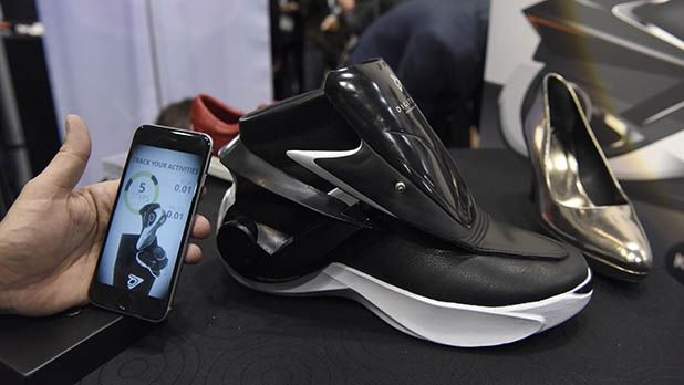 Power Laces Have Finally Arrived  The Digitsole Smart Sneaker ... e876e45413e14