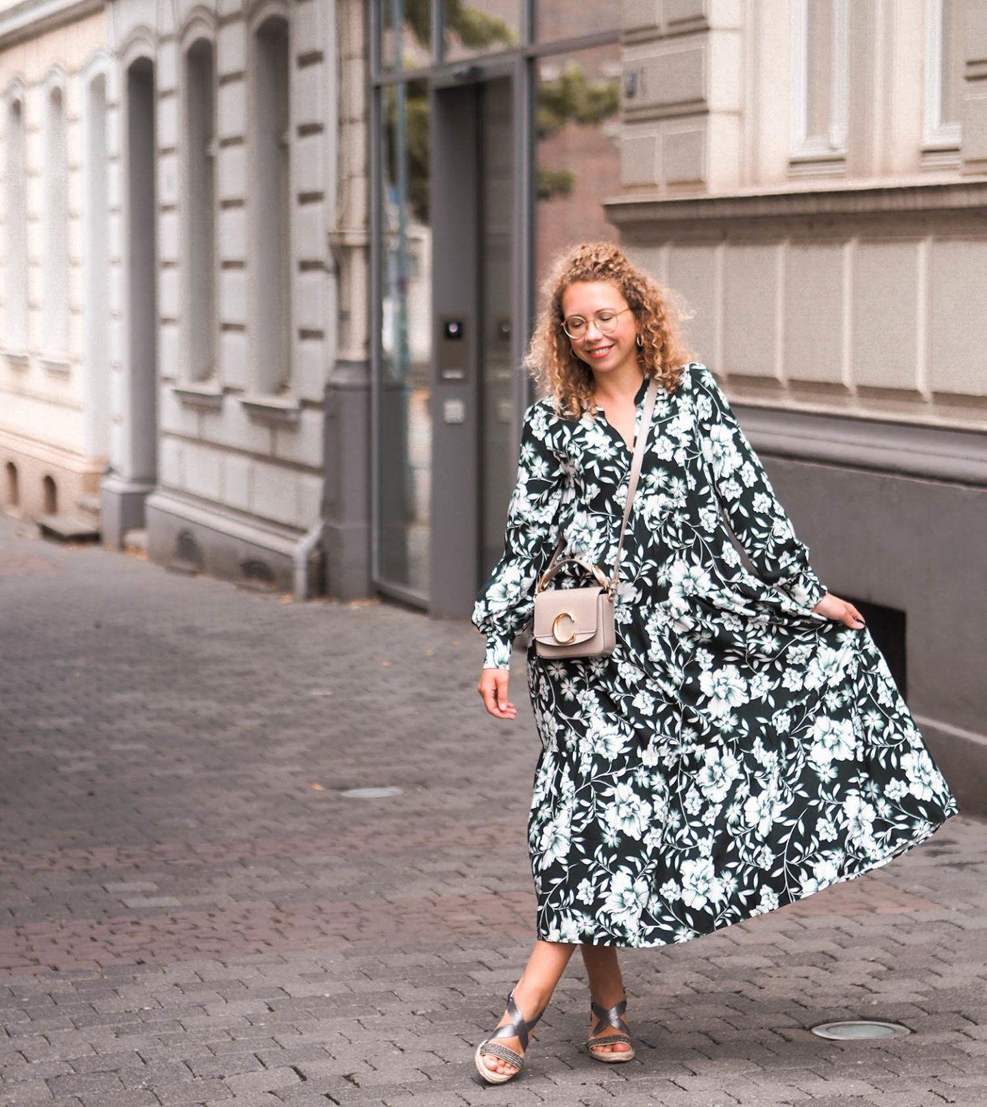 maxikleid mit langen Ärmeln: kleider-trend 2020 in 2020