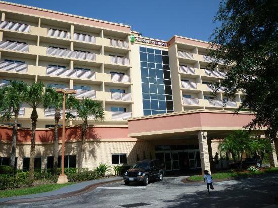 Holiday Inn Express Lake Buena Vista 8686 Palm Parkway Orlando