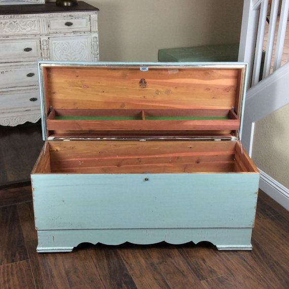 Gorgeous Hope Chest Lane Cedar Chest Beach Cottage Trunk Vintage Keepsake Box Rustic Storage Box Cottage Chic Bench Rustic Storage Boxes Hope Chest Cedar Chest