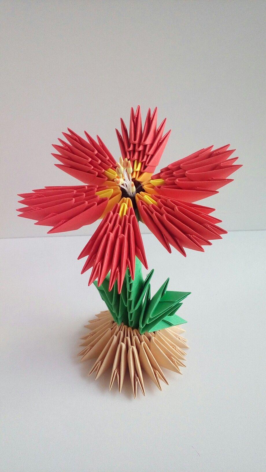 Epingle Par Galina Petrova Sur 3d Origami Gallina Origami Modulaire Origami Fleur Origami