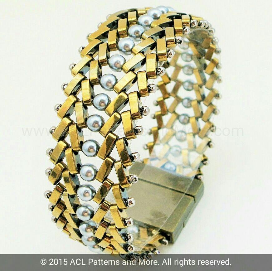 Pin auf schmuck und perlen - Perlenarmband basteln ...