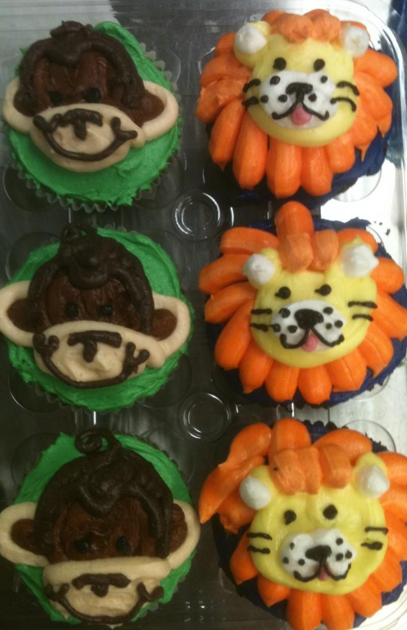 Monkey and Lion Cupcakes