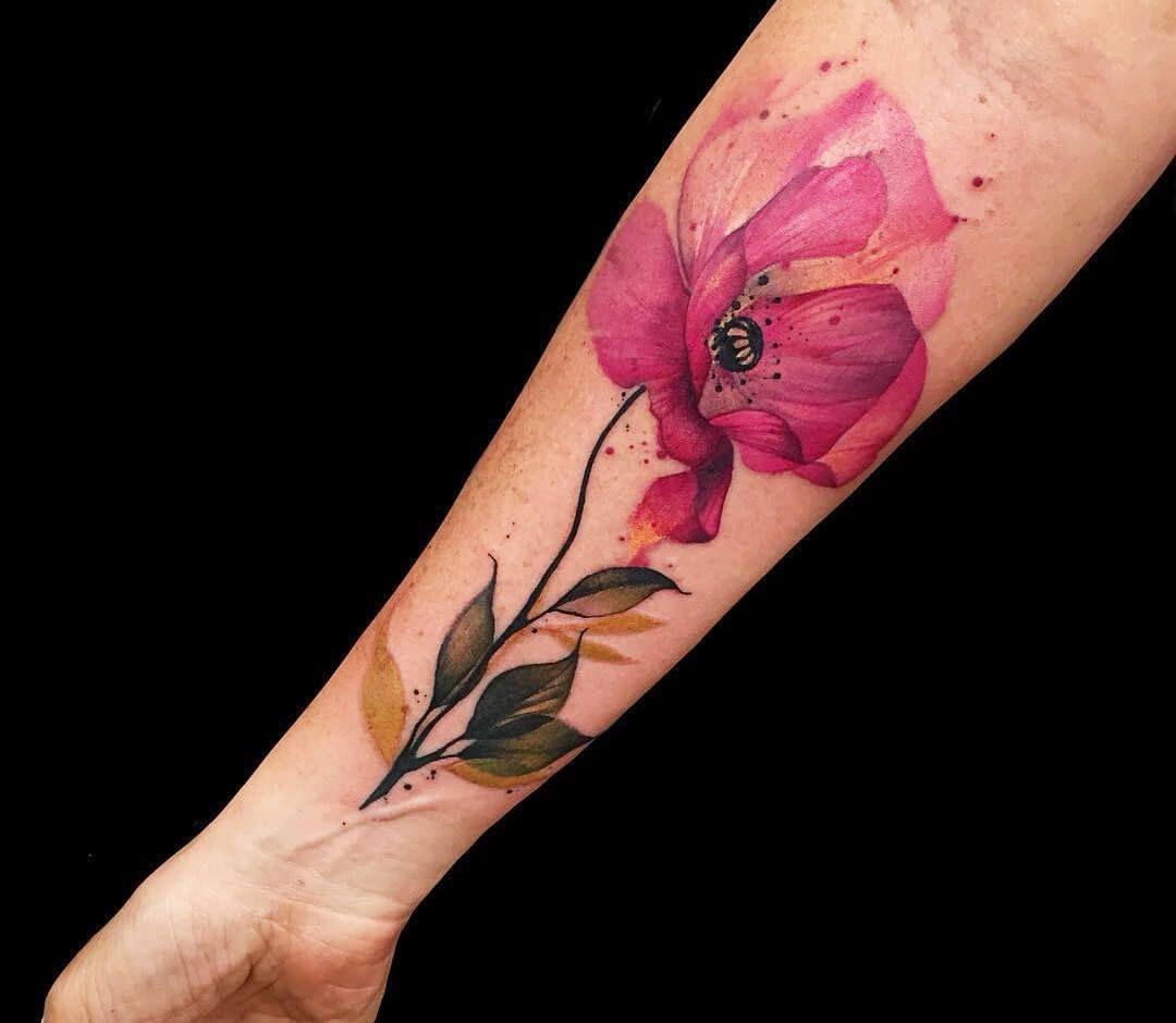 Photo wild poppy tattoo by phellipe rodrigues photo
