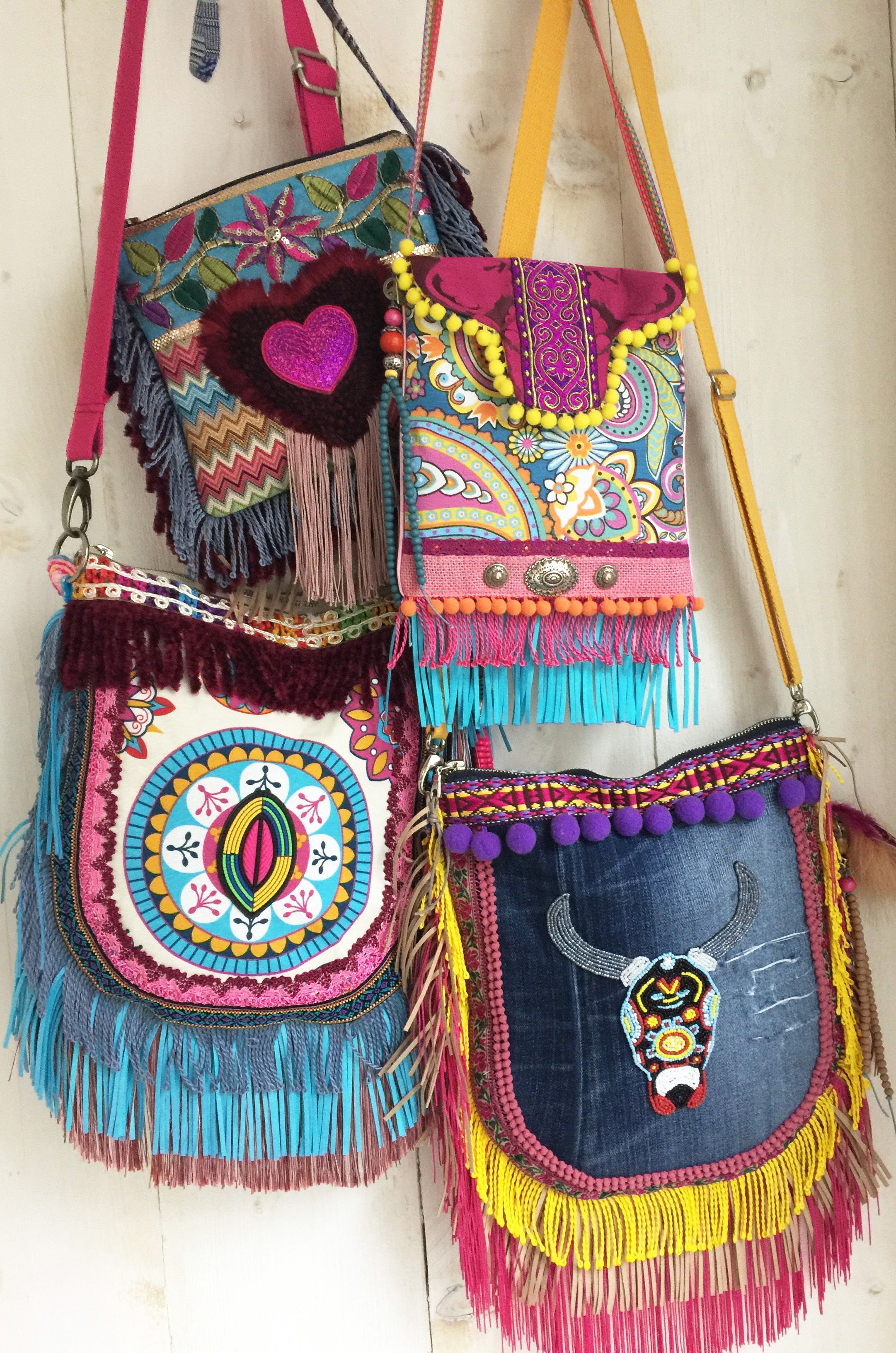 d521fe22fcd 4 great Ibiza style bags, in bright colors! Hippie Tassen, Hippie Bohemian,