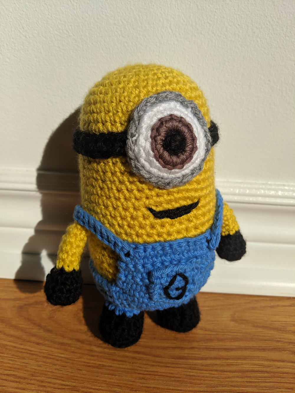 Minion By Cow From Mars - Free Crochet Pattern - (ravelry) #minioncrochetpatterns Minion By Cow From Mars - Free Crochet Pattern - (ravelry) #minioncrochetpatterns