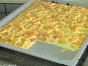 Rhabarber-Buttermilch-Kuchen - Rezept mit Bild