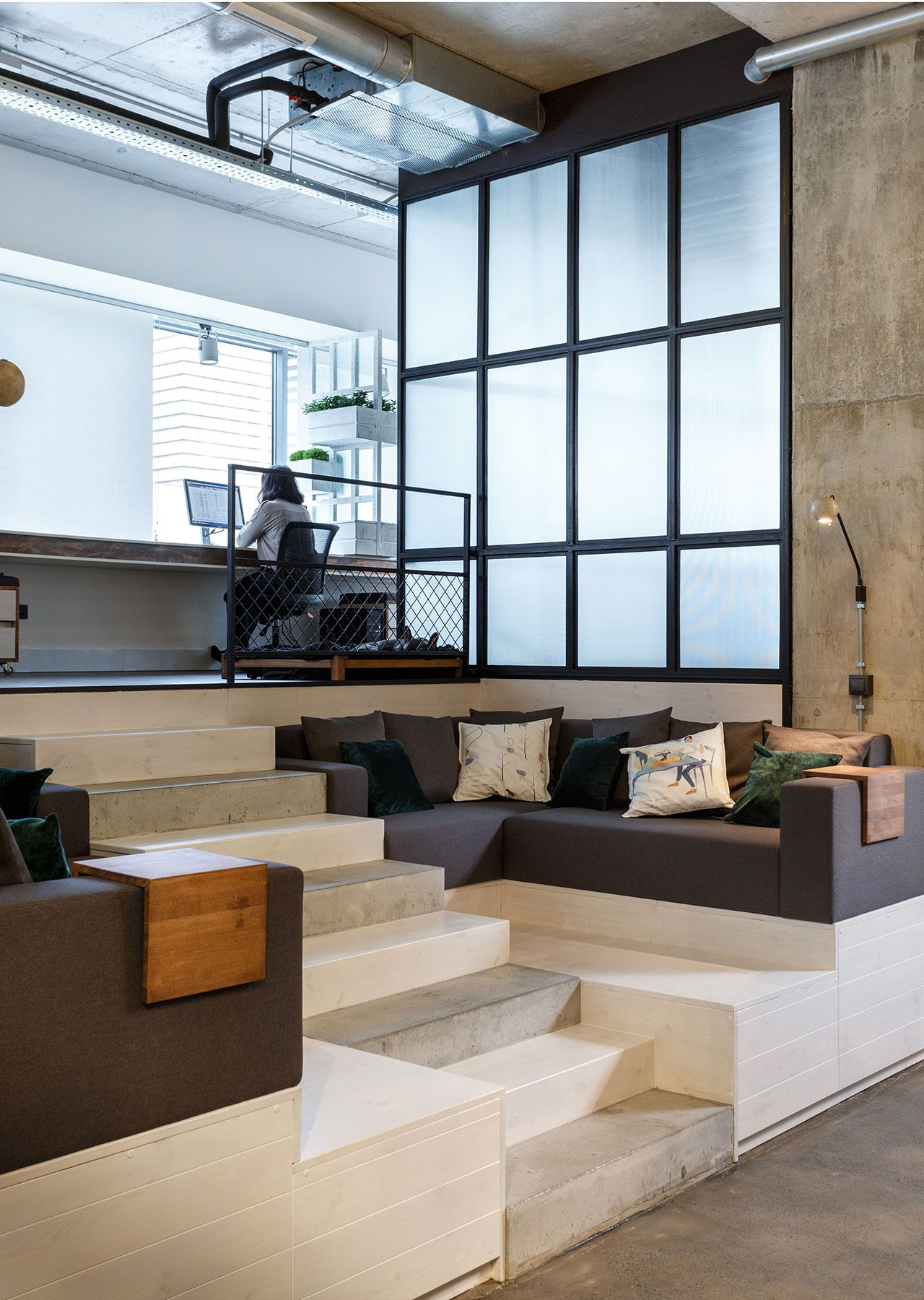 Photo © Circle Line Interiors. #ideas #escaleras #stairs #pisos #revestimientos