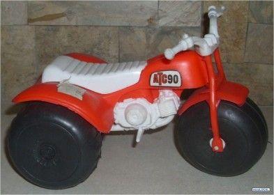 Fotos De Vieja Moto Triciclo Plastica Rojo Amarillo Bisanti 10215 Tricycle Vehicles Collection