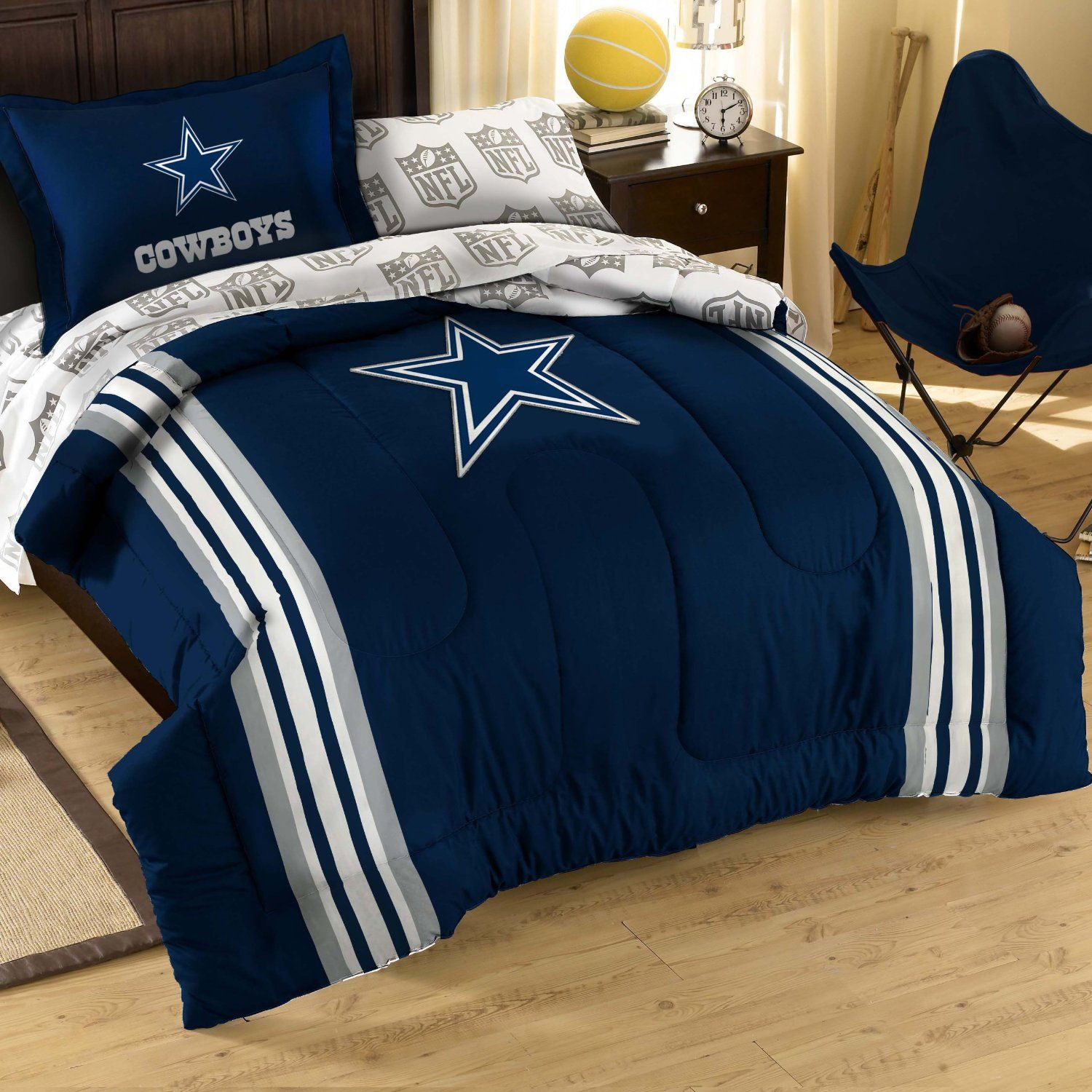 I So Want This For My House But My Husband Will Never Sleep In It