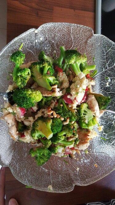 Das perfekte leichte Abendessen  -Hirse mit Gemüse und Hühnchen