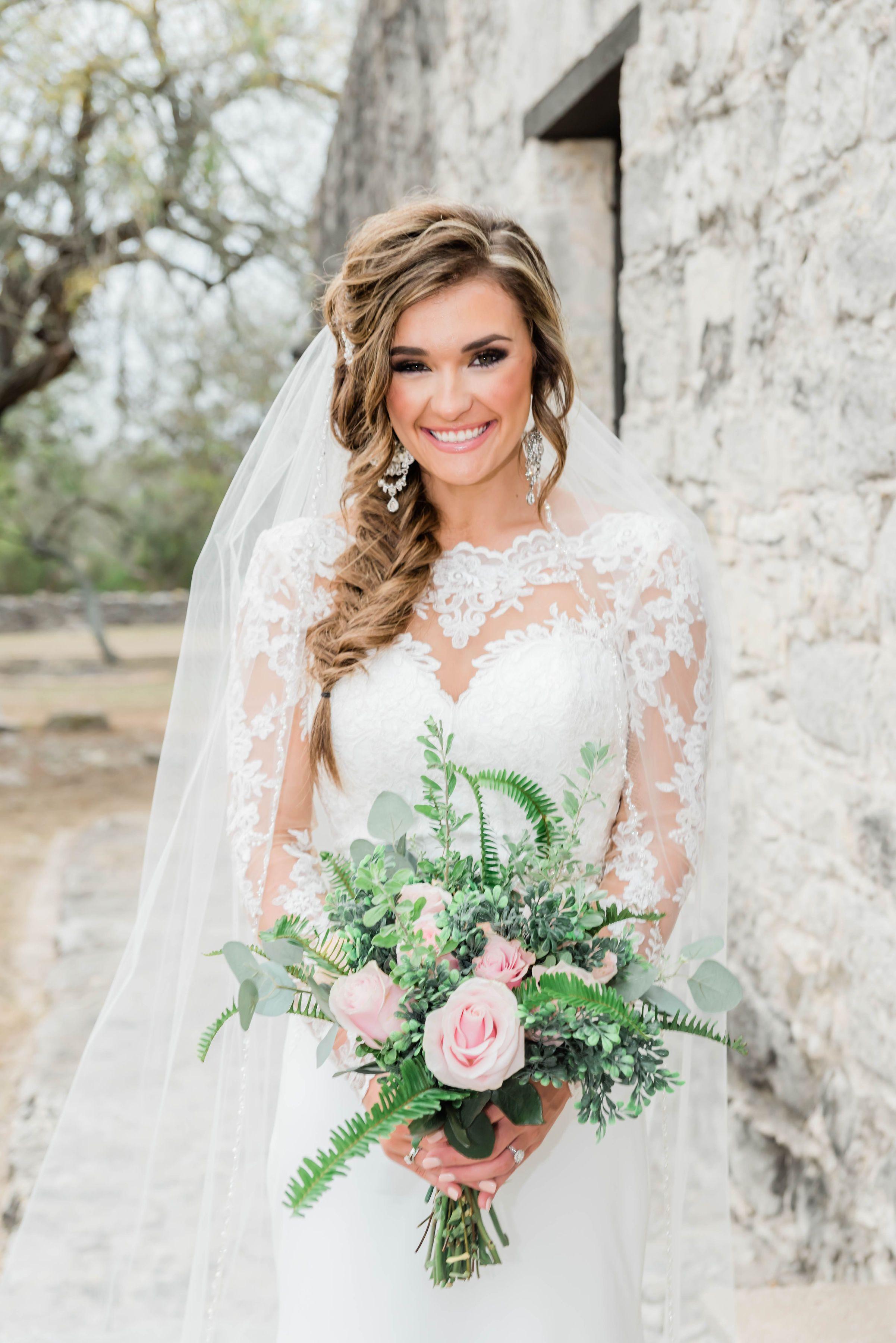 A Beautiful Lace Mermaid Wedding Dress In 2021 Wedding Dresses Lace Mermaid Wedding Dress Wedding Dresses Lace [ 3600 x 2403 Pixel ]
