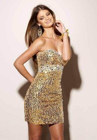 ba2cec365 Vestidos dorados para ir de bodas.