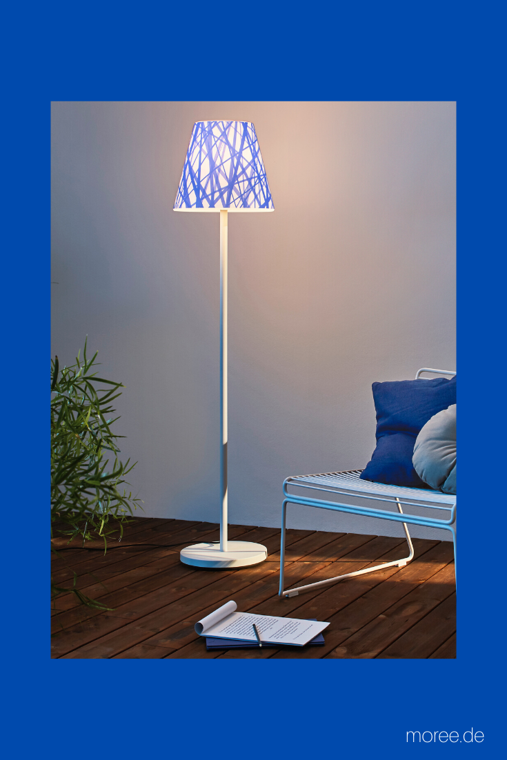 Standleuchte Aussen Swap Mit Blau Weissem Designlampenschirm Design Lampen Standleuchte Garten Stehlampe
