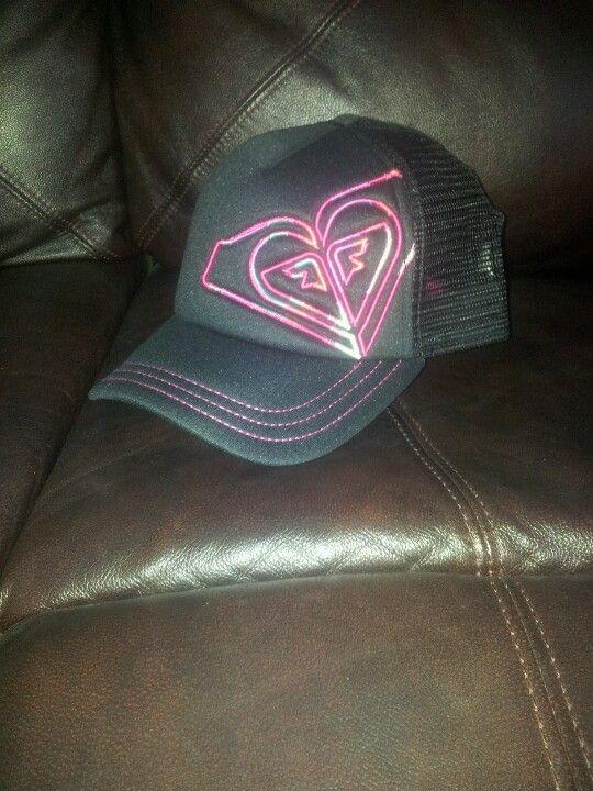 Pink   black Roxy hat  ab31ef8e4c1a