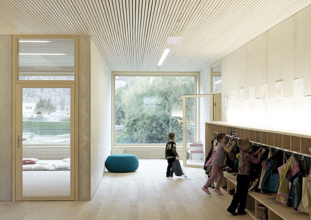 eine holzbox für susi weigel - kindergarten von bernardo bader in, Innenarchitektur ideen