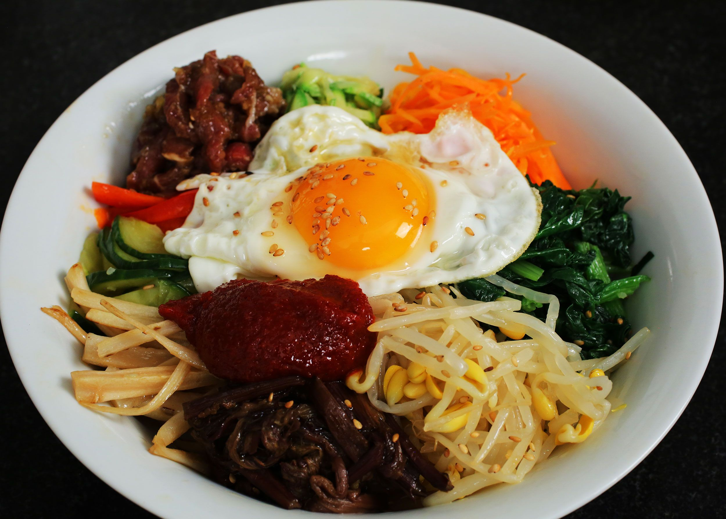 bibimbap  recipe  maangchi recipes asian recipes