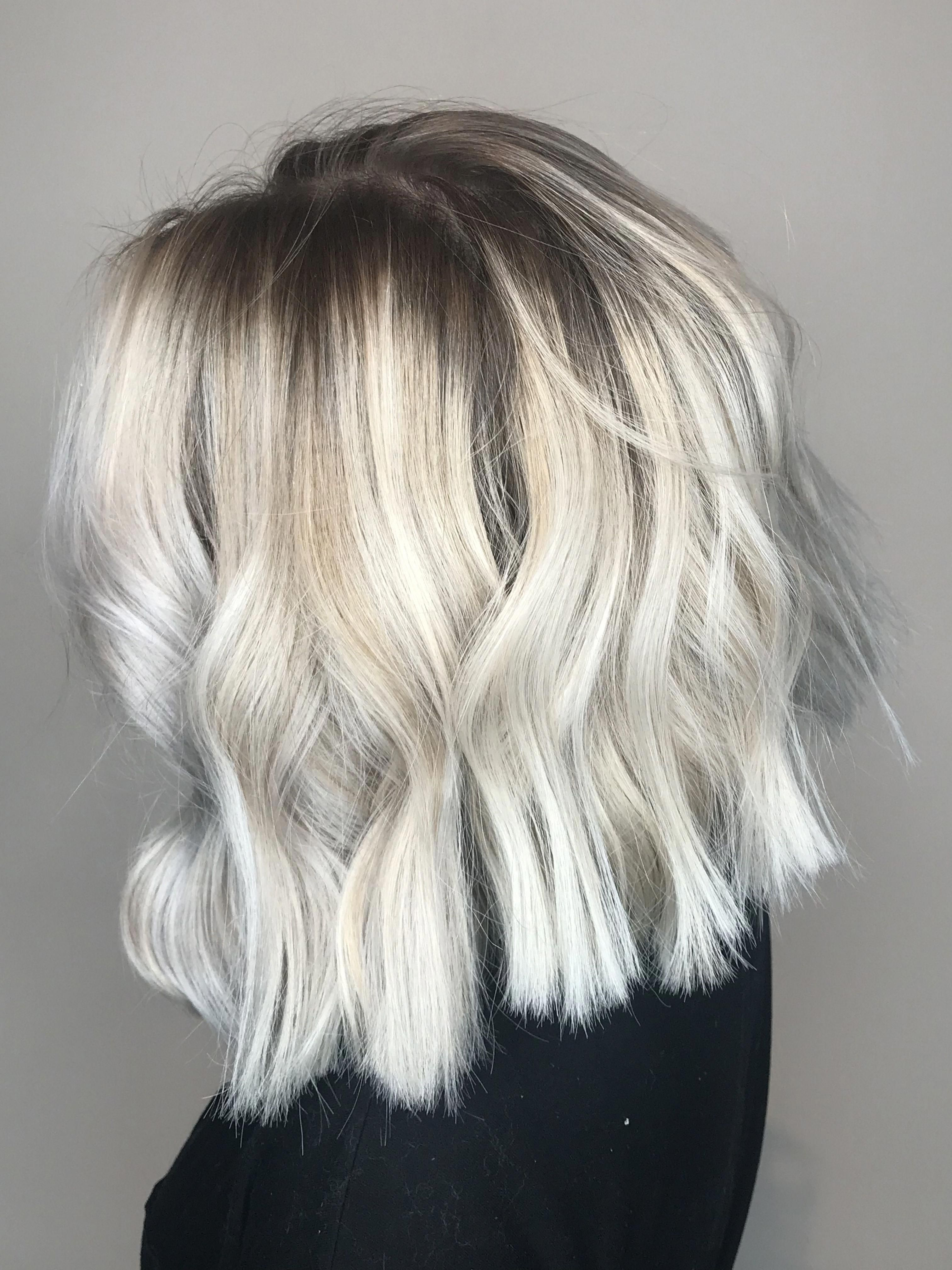 Icy blonde balayage short blunt bob forblondesmakeupideas