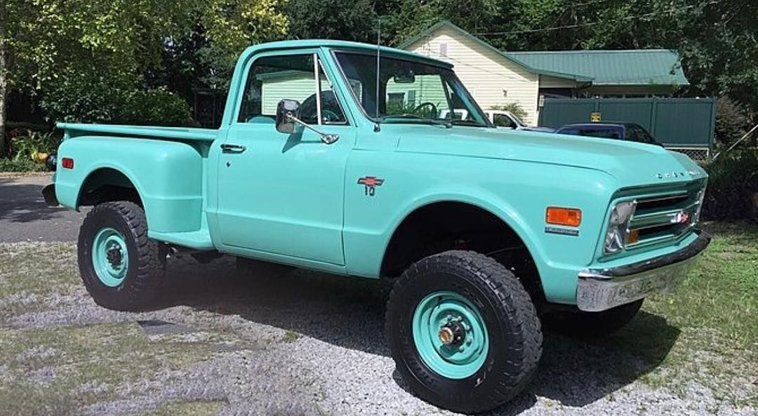 Pete Allen Van Plisko On Instagram 4wd Chevy Chevytrucks Chevytruck Badass Highwaystar77 Hashtag With Images Chevy Trucks Classic Trucks Classic Chevy Trucks