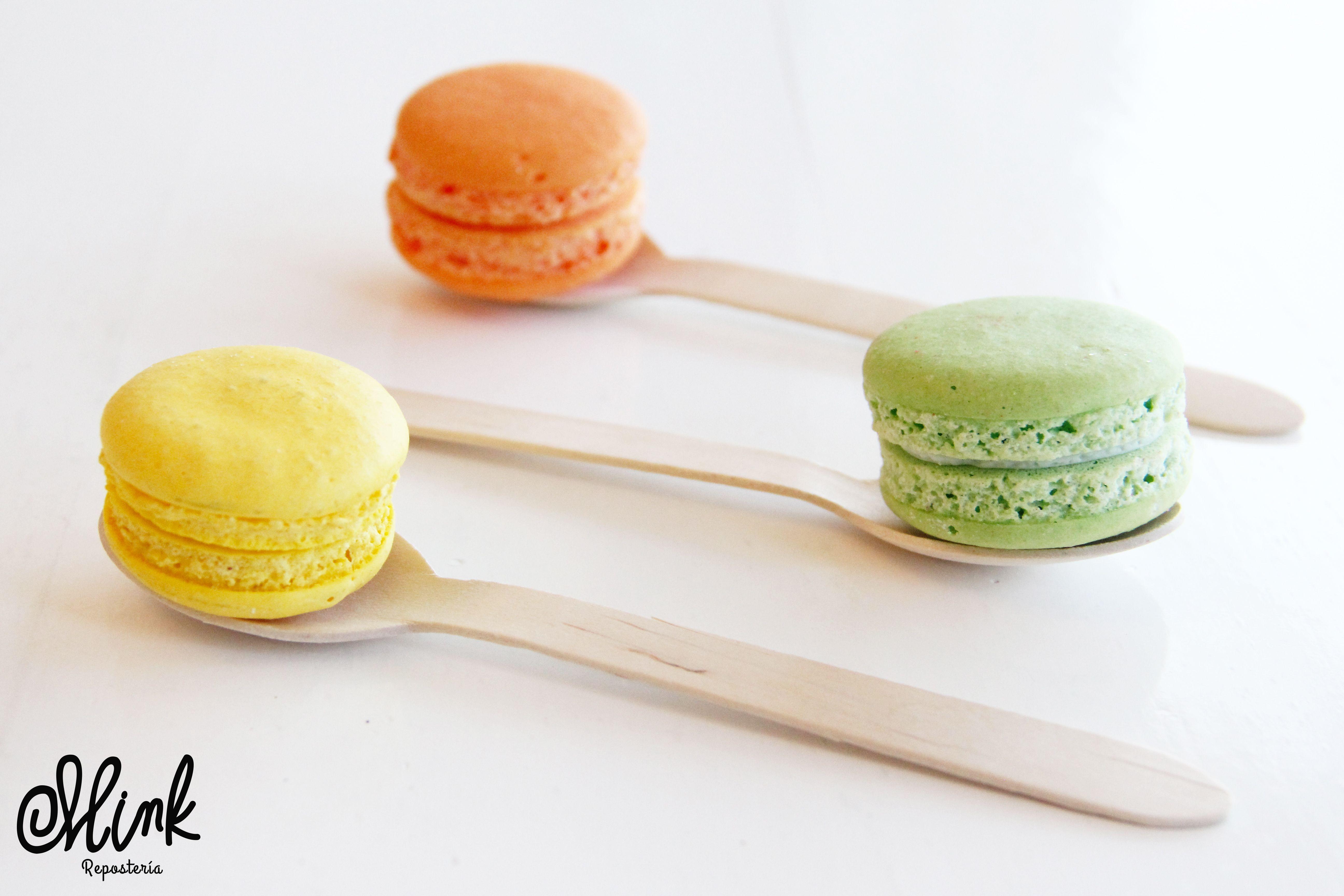 ¿Conoces nuestra variedad de sabores? Ven y visítanos, te sorprenderás. #Mink #Macarons