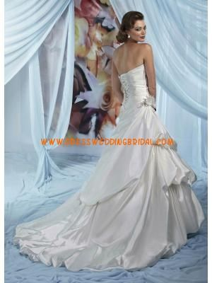 Strapless Princess Applique Elastic Satin Modest Church Wedding Dresses 2013