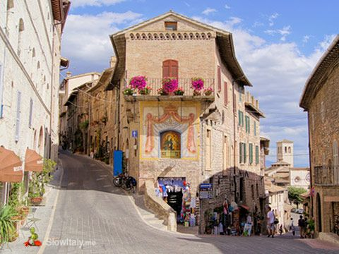 Todi One of the most delightful little towns of Umbria slowItaly.me