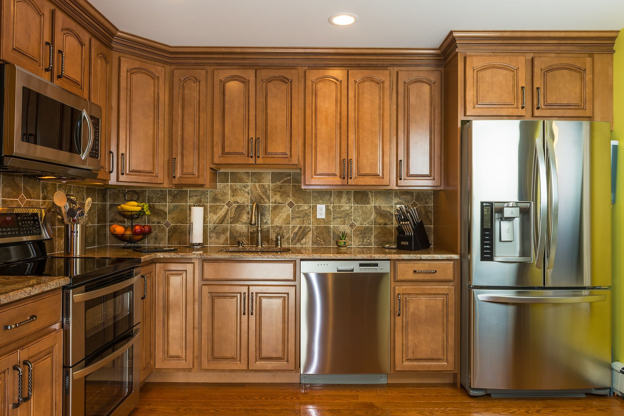 The strongest wood for your Kitchen Cabinet Doors   Oak ...