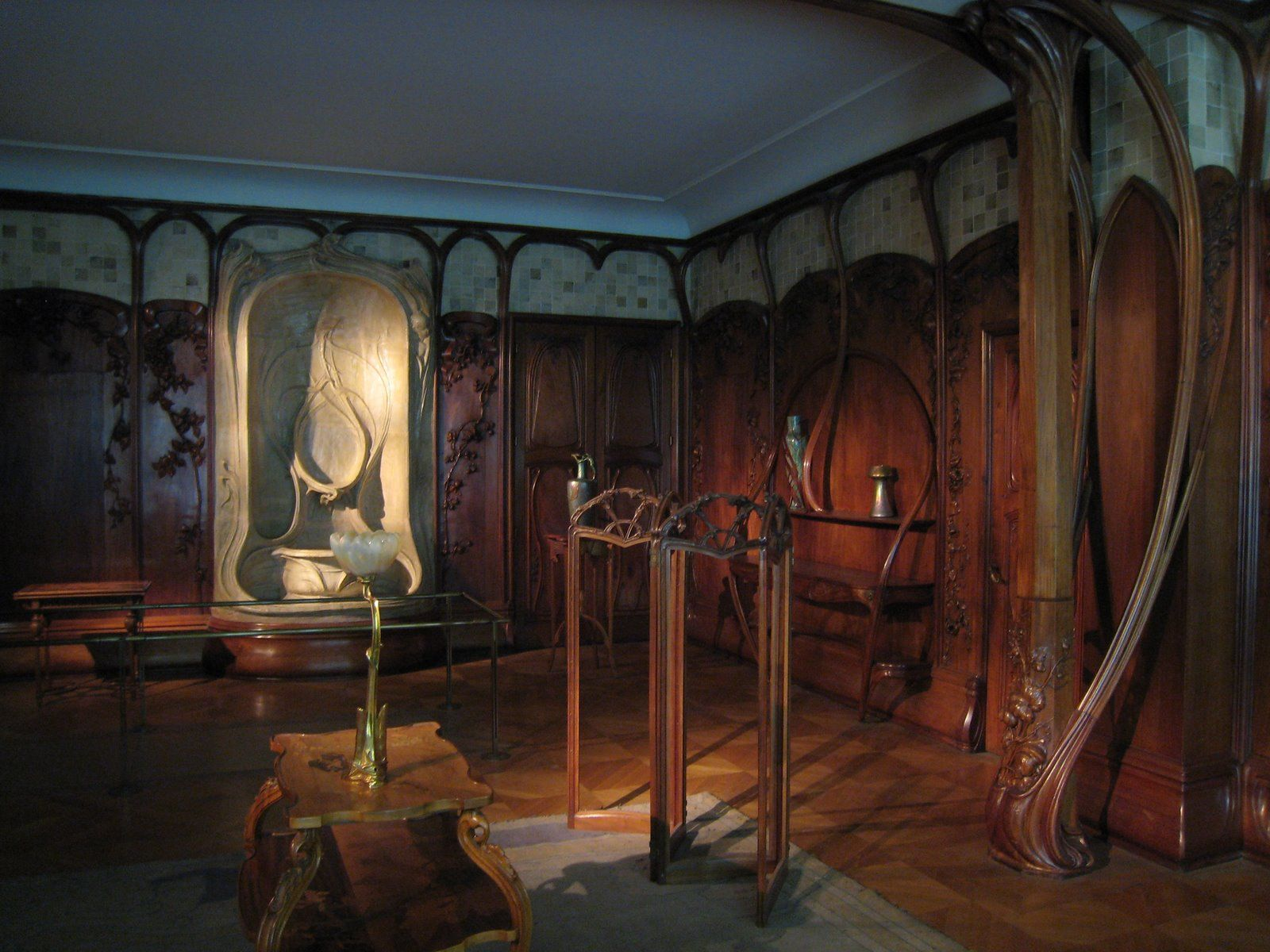 Art Nouveau Design Reminds Me Of The Set Design From Lord Of The