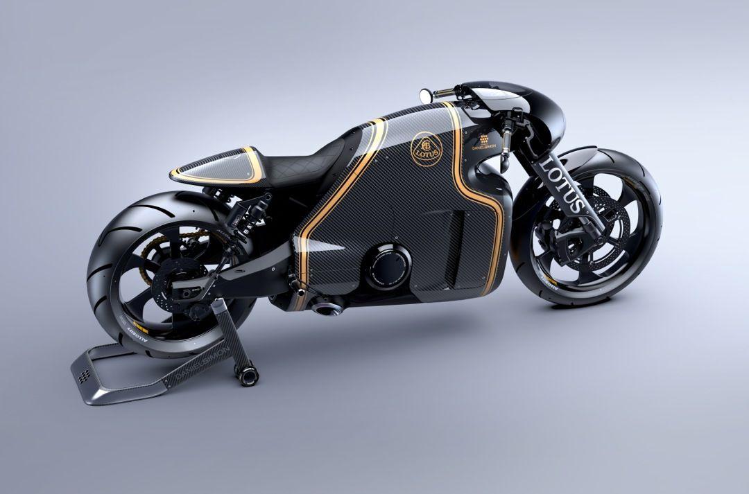 Awesome Motorcycle Das schwarz-goldene Design erinnert an den Lotus Sponsor John ...