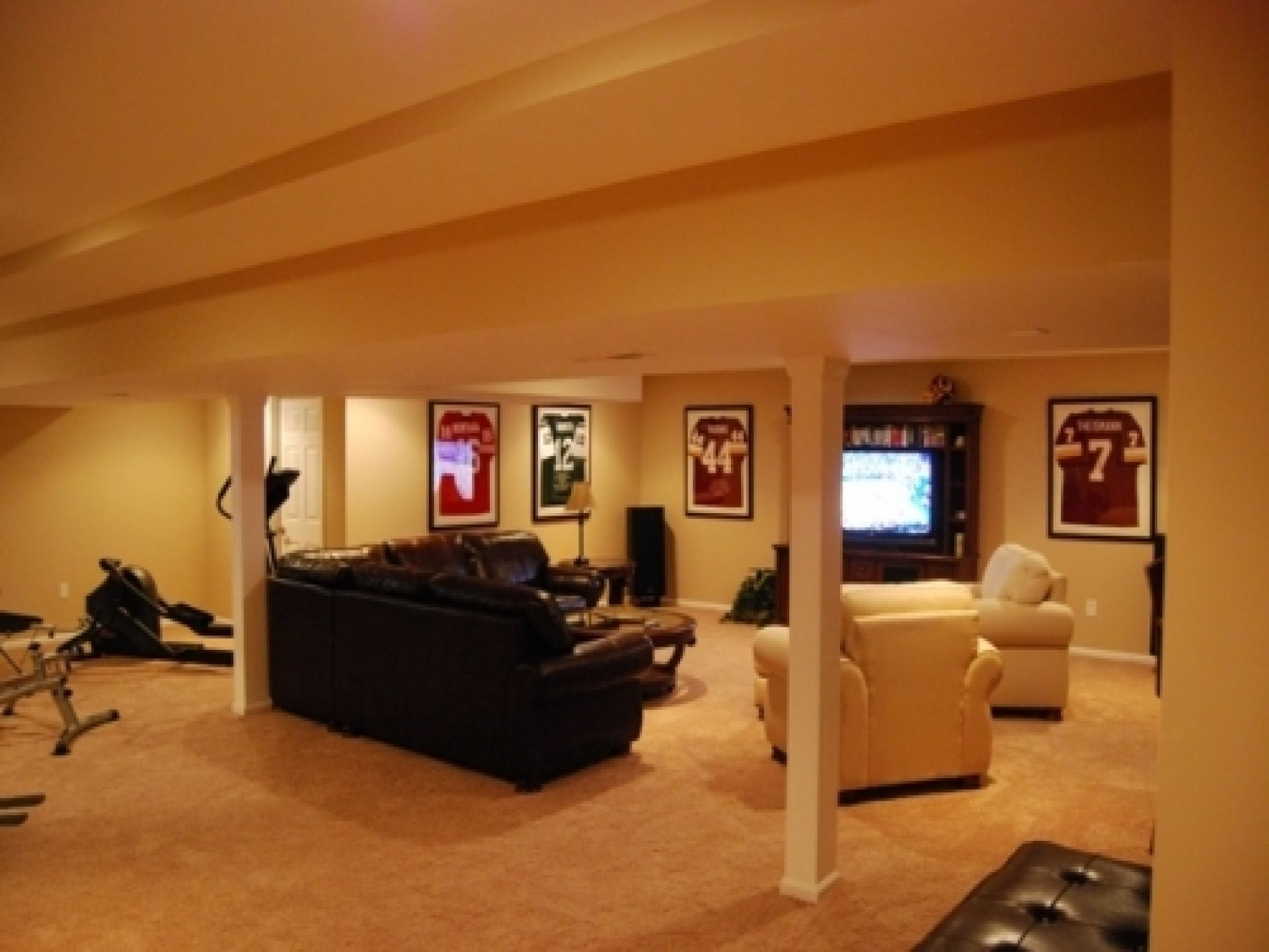 Basement Refinishing Ideas Property basement ideas on a budget | smalltowndjs | morgan home