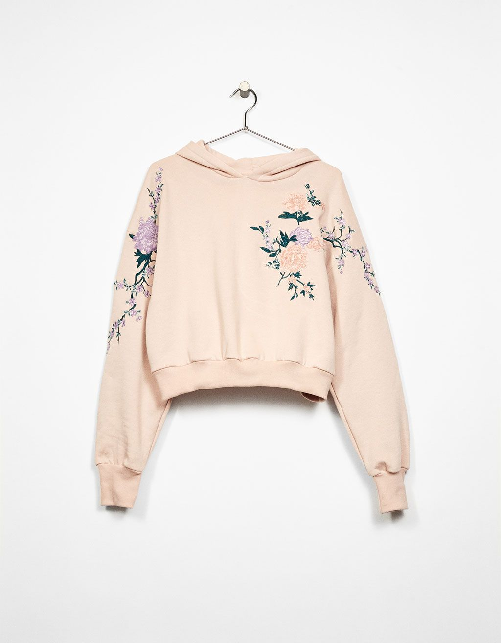 Sweat capuche broderie fleurs   Warm outfits, Clothes, Cool