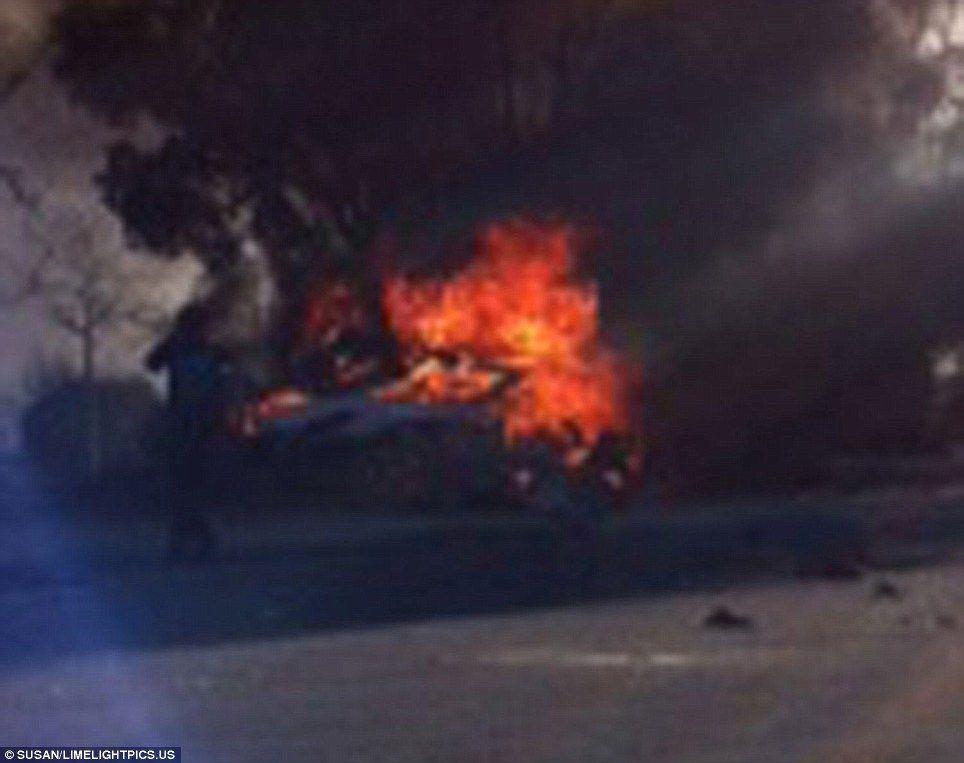 Paul Walker Car Wreckage Paul walker, Fast and furious