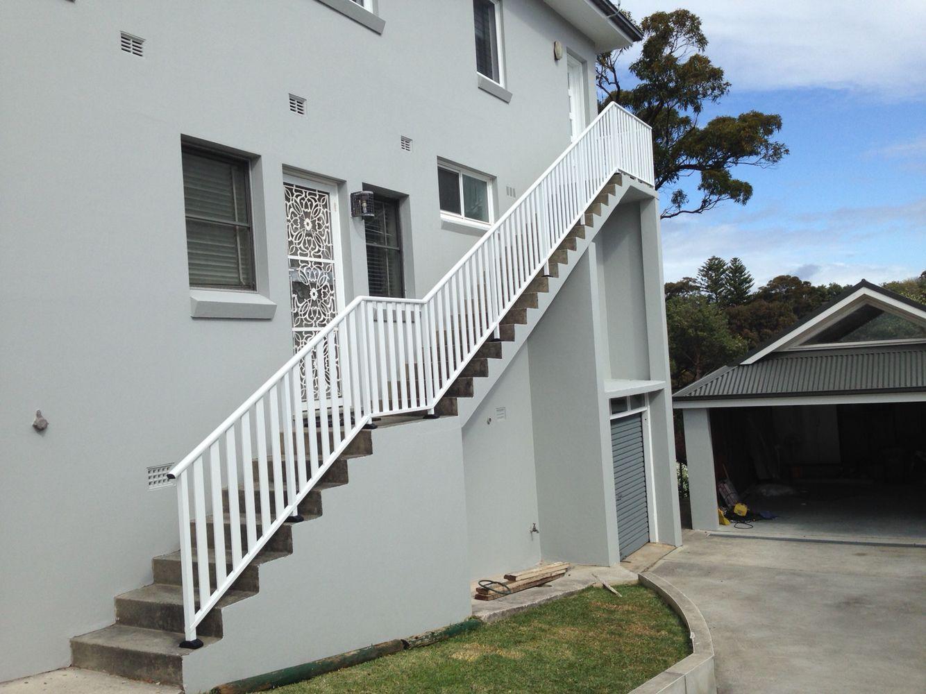 Aluminum Balustrade Raked Going Down Stairs