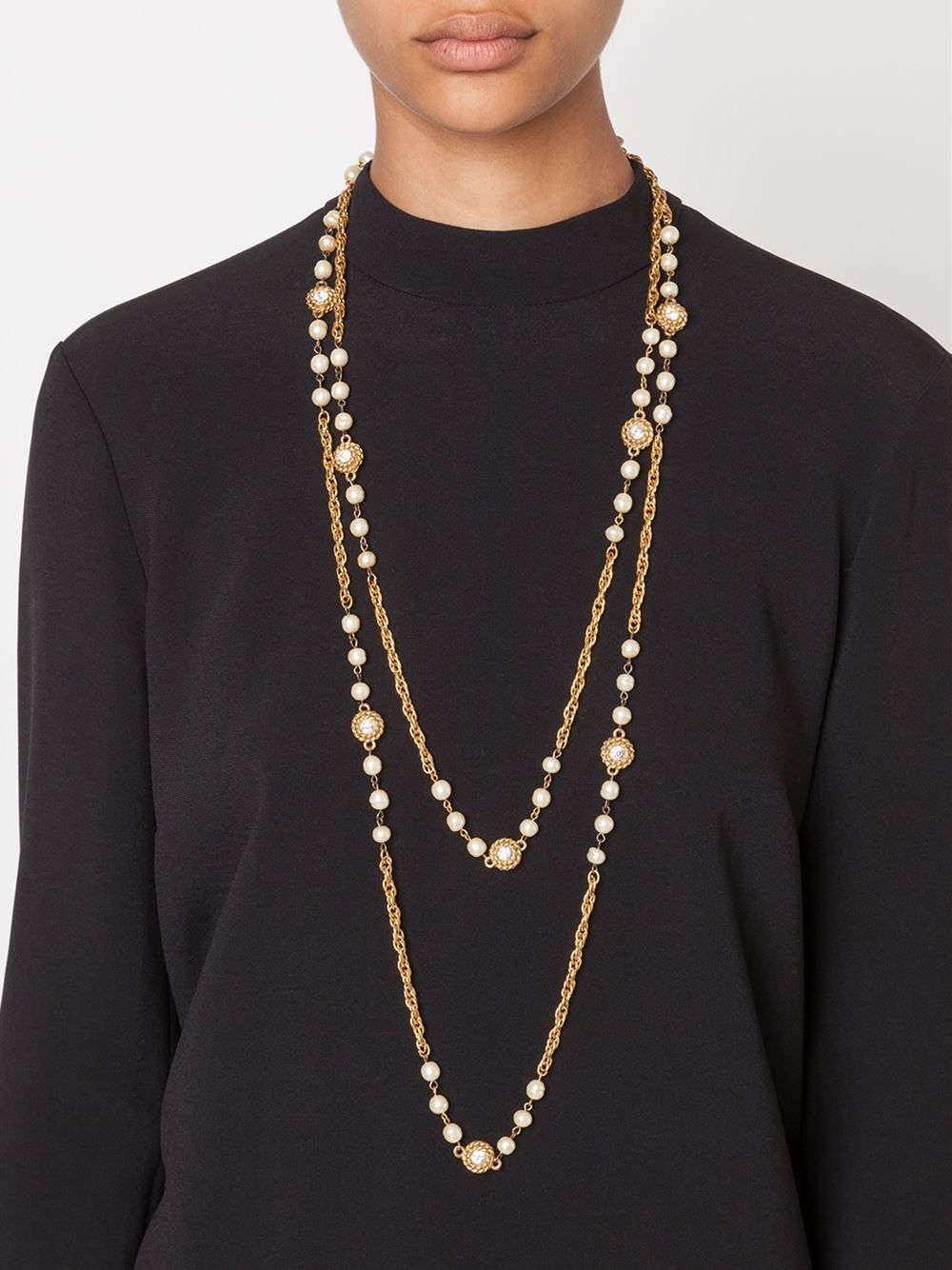 Chanel Vintage Pearls Embellished Chain Necklace
