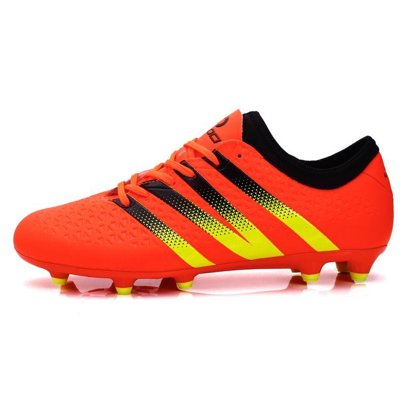 9dc8db968b7 Men Football Boots Outdoor FG Soccer Shoes Chuteiras De Futebol High  Quality Trainers Sneakers for Man Voetbalschoenen S32