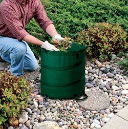 8eb1aad5142077fe1da08224abe32558 - Fiskars 30 Gallon Kangaroo Gardening Bag