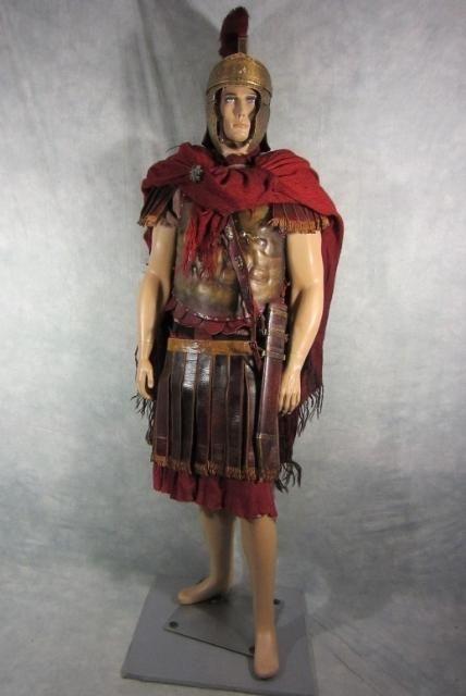 Roman Cloak Tunic Cuirass Pauldrons Under Skirt