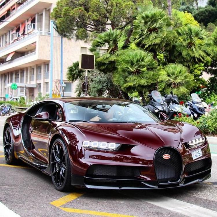 Awesome Metalic Carbon Red Bugatti Chiron Spotted In