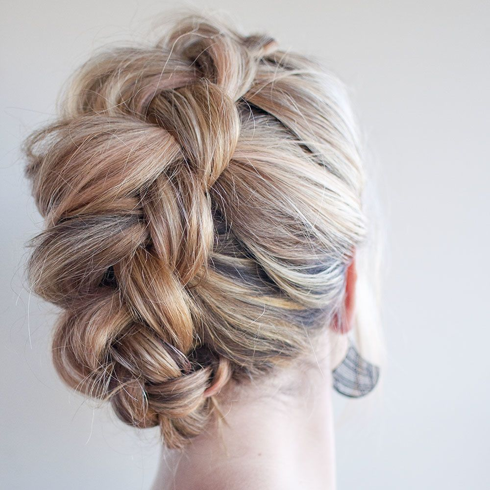 What wedding dress is best for my body type  Hair tip ALWAYS stretch out your braids Hold the ends and then