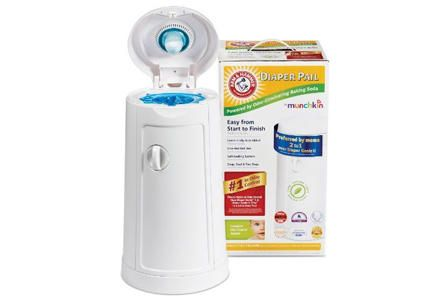 Top diaper pail: Munchkin Arm & Hammer #babycenterawards #momschoice #bigbabybasketsweeps