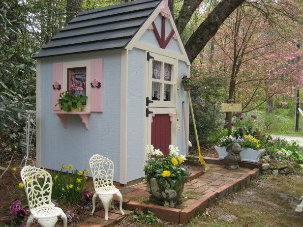 My garden tool shed is Peter Rabbit- themed, and not just for Easter. I call it Mrs. McGregor's Tool Shed, since it's far too girly to belong to Mr. McGregor!