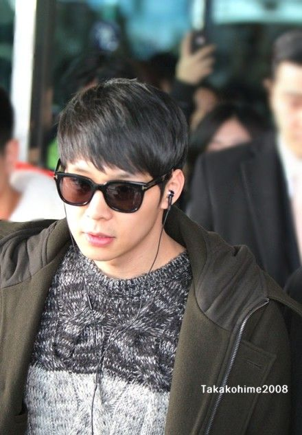 130112 arrived at Gimpo from Beijing for Sina Interview (Media Day Press 130111)