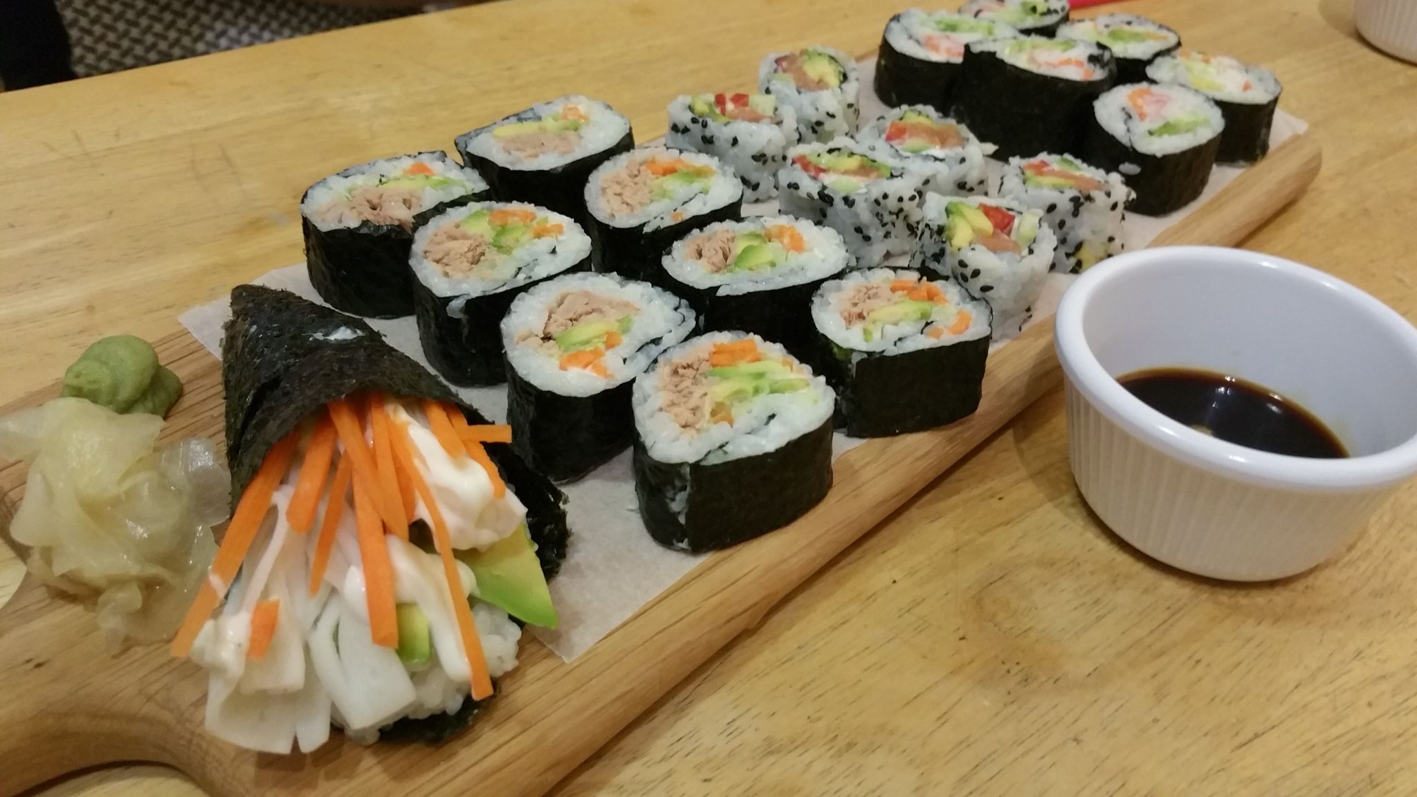 My own version of your basic sushi. #sushi #seafoodsushi #food