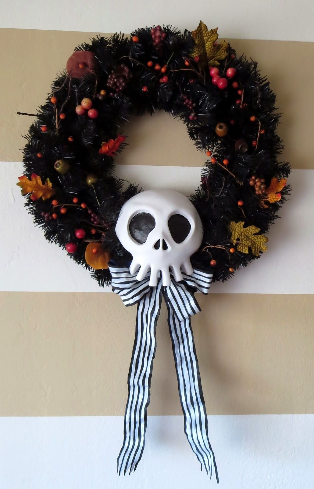 diy nightmare before christmas halloween props diy haunted mansion holiday wreath prop - Halloween Christmas Decorations