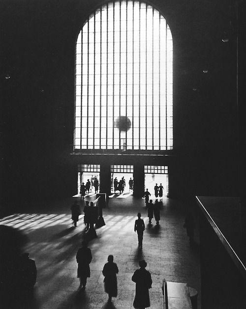 Hannes Kilian - Stuttgart Central Station, Germany 1953. S)