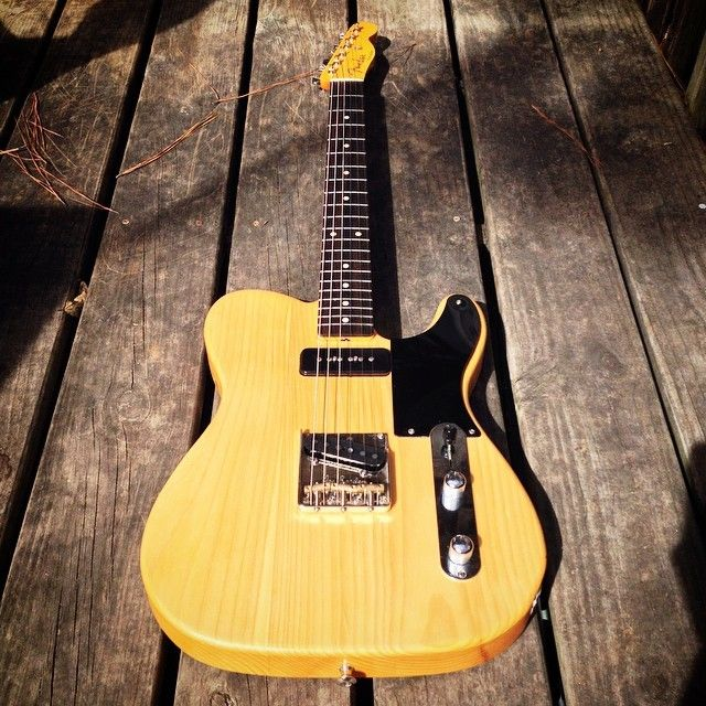 V 2 0: Fat Warmoth neck, new wiring, shim for P90 height
