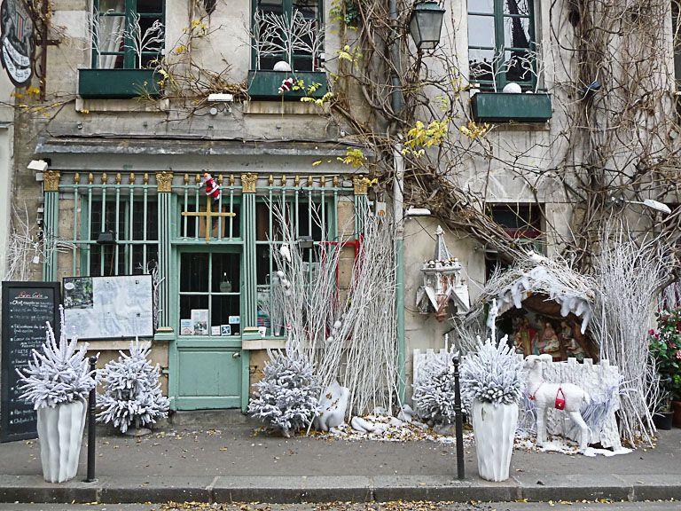 La Creche De L Auberge Au Vieux Paris D Arcole Paris 4e Vieux