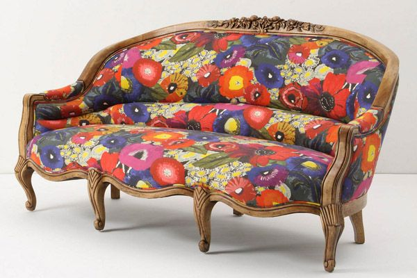 Sitting Pretty: 15 Statement-Making Sofas | California Home + Design