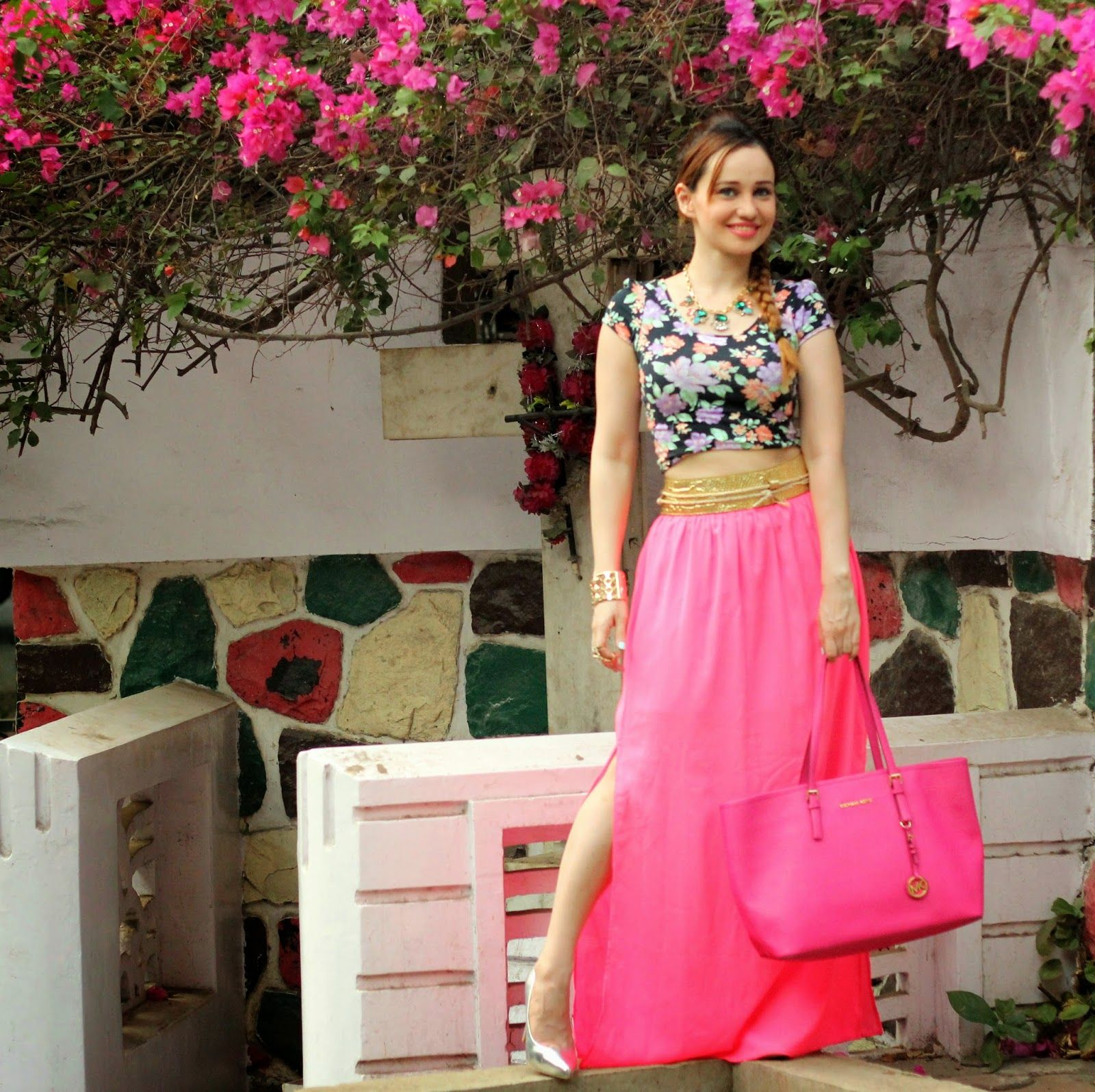 crop tops n long skirts style - Google Search | street style ...